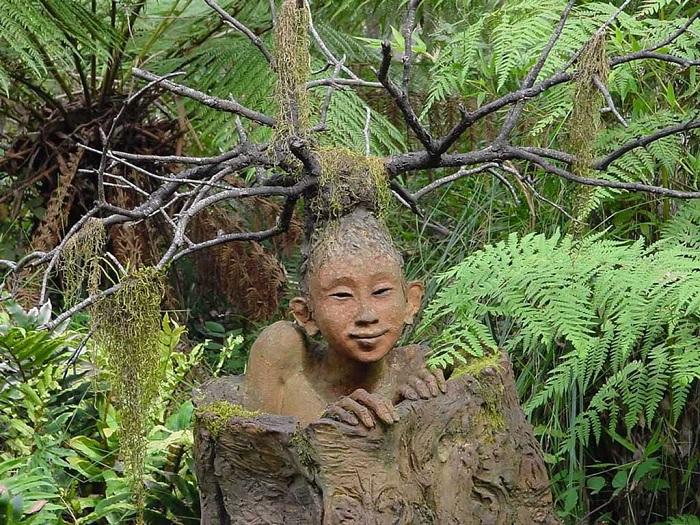 Сказочные скульптуры в<br>саду Бруно Торфса.
